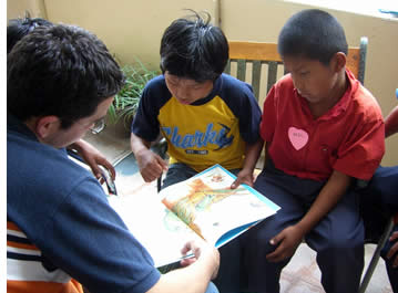 Vrijwilligerswerk helpt uw ??leerlingen beter personen